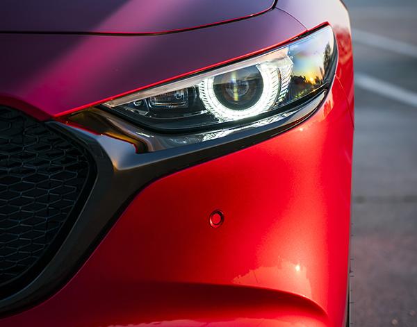 Mazda-3-Exterieur-Frontleuchte
