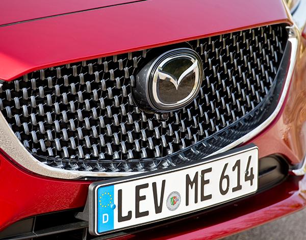 Mazda-6-Exterieur-Frontschuerze