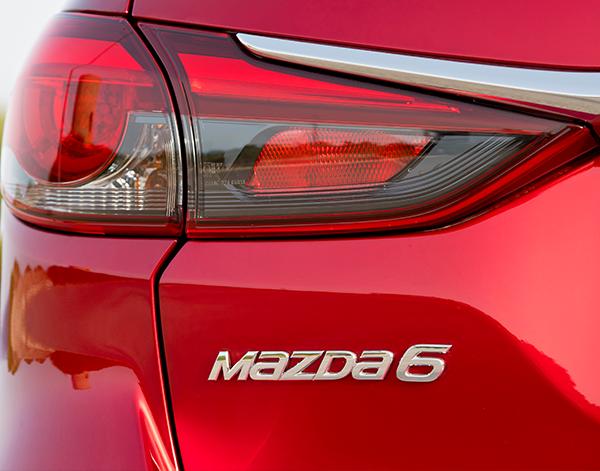 Mazda-6-Exterieur-Heck