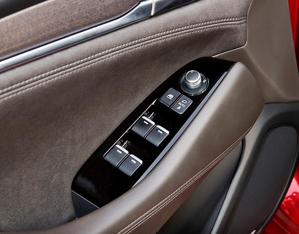 Mazda-6-Interieur-Armatur