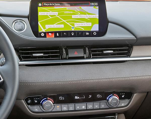 Mazda-6-Interieur-Multimedia