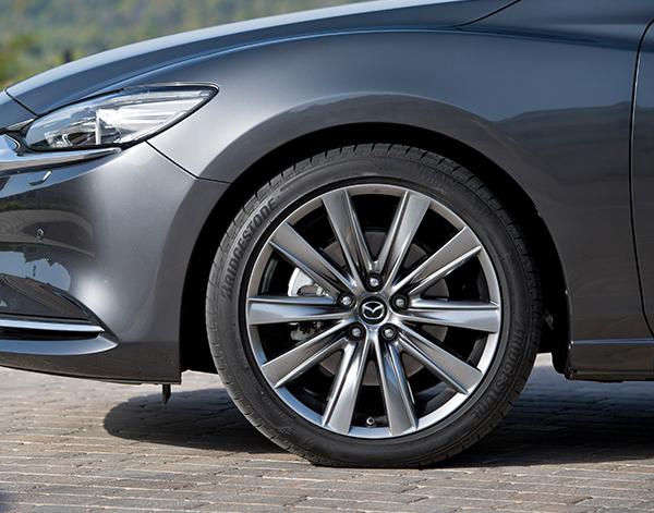 Mazda-6-Limousine-Exterieur-Felge