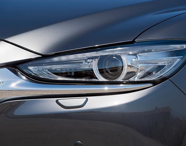 Mazda-6-Limousine-Exterieur-Fronleuchte