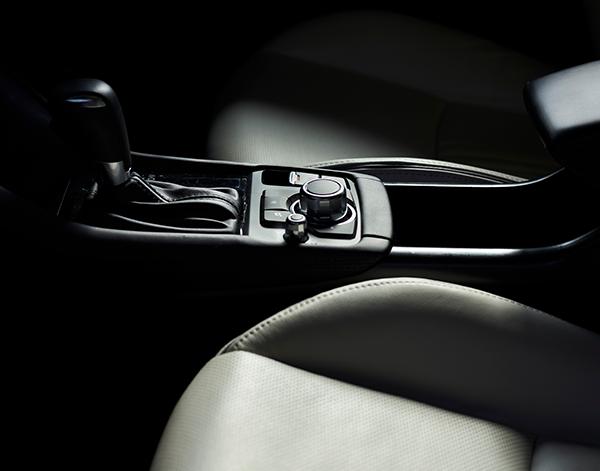 Mazda-CX-3-Interieur-Bedienelemente