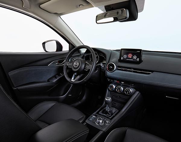 Mazda-CX-3-Interieur-Vordersitze