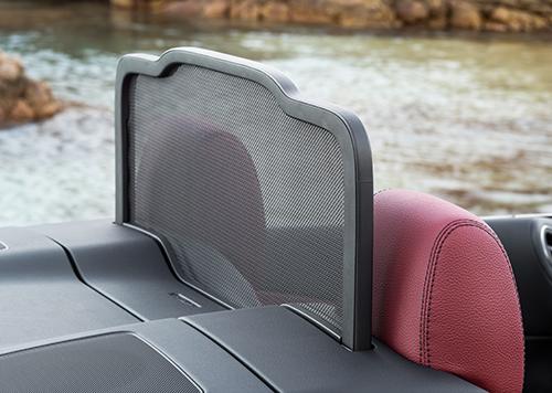 Mercedes-Benz-C-Klasse-Cabriolet-offen