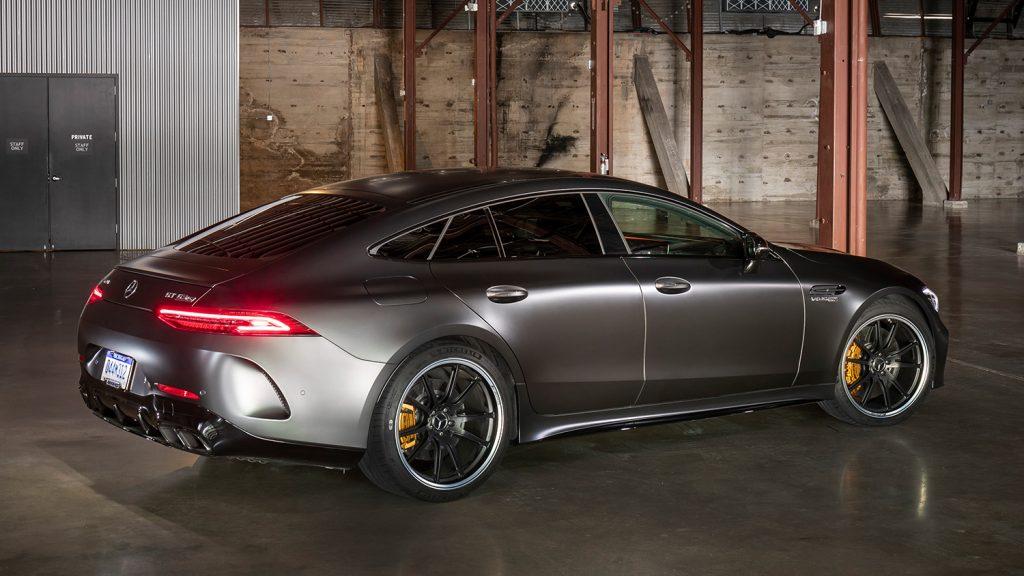 AMG-GT-Coupe-Exterieur-Heckansicht-Seitenansicht