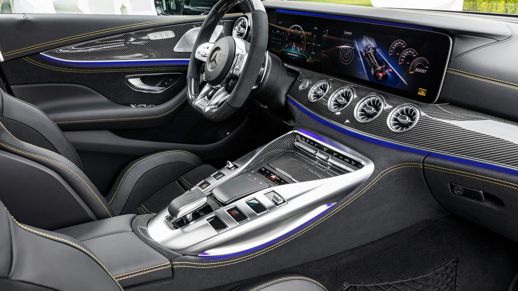 AMG-GT-Coupe-Interieur-cockpit-Interieur