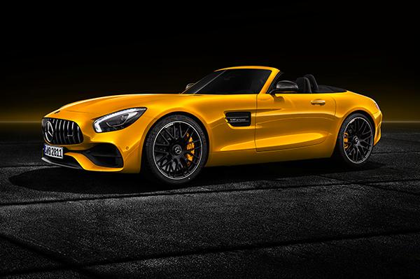 AMG-GT-Roadster-Exterieur-Seitenansicht-Kühlergrill-Mercedes-Benz-LED-Scheinwerfer