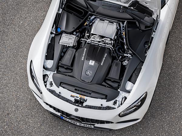 AMG-GT-Motor-V8-Affalterbach-Biturbo-Motorraum-Motorhaube-Mercedes-Benz