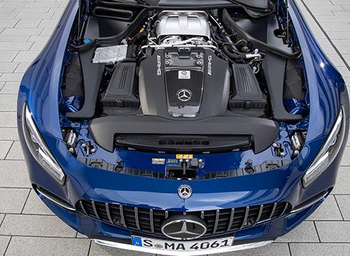 Mercedes-Benz-AMG-GT-Exterieur-Motor-Motorraum-Plakette