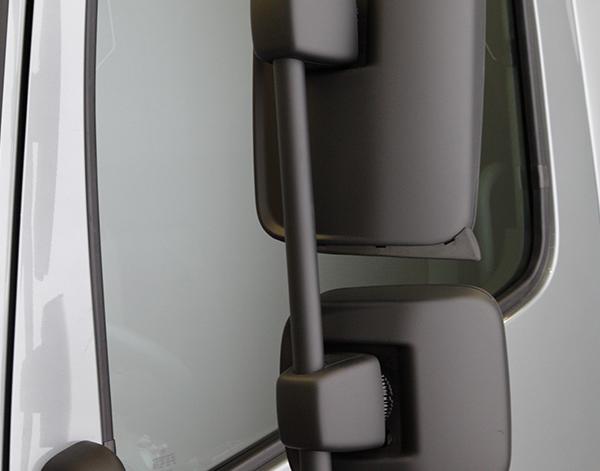 Atego-Bau-Exterieur-Rueckspiegel-Bauverkehr-Mercedes-Benz-Truck