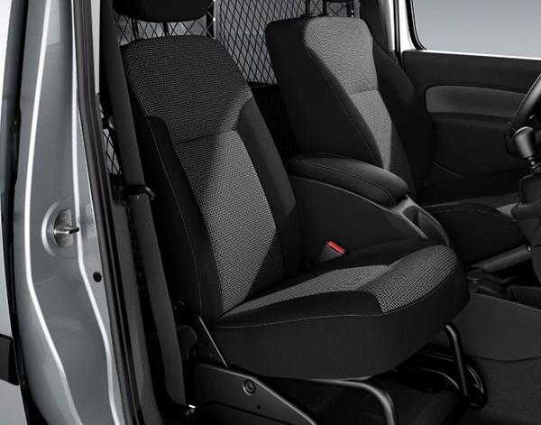 Citan-Kastenwagen-Interieur-Beifahrer-Mittelkonsole-Mercedes-Benz