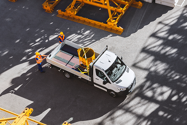 Sprinter-Pritschenfahrzeug-Exterieur-Dachansicht-Ladefläche-Mercedes-Benz