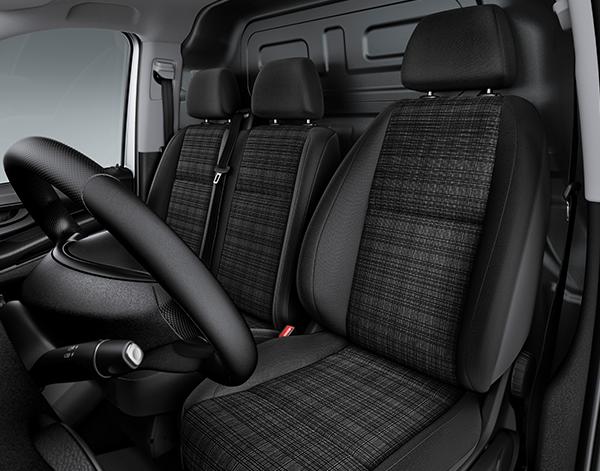 Vito-Kastenwagen-Interieur-Sitzbank-Lenkrad-Mercedes-Benz