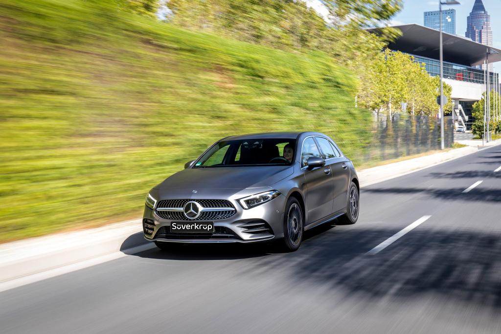 Mercedes-Benz_A_250_e_Kompaktlimousine