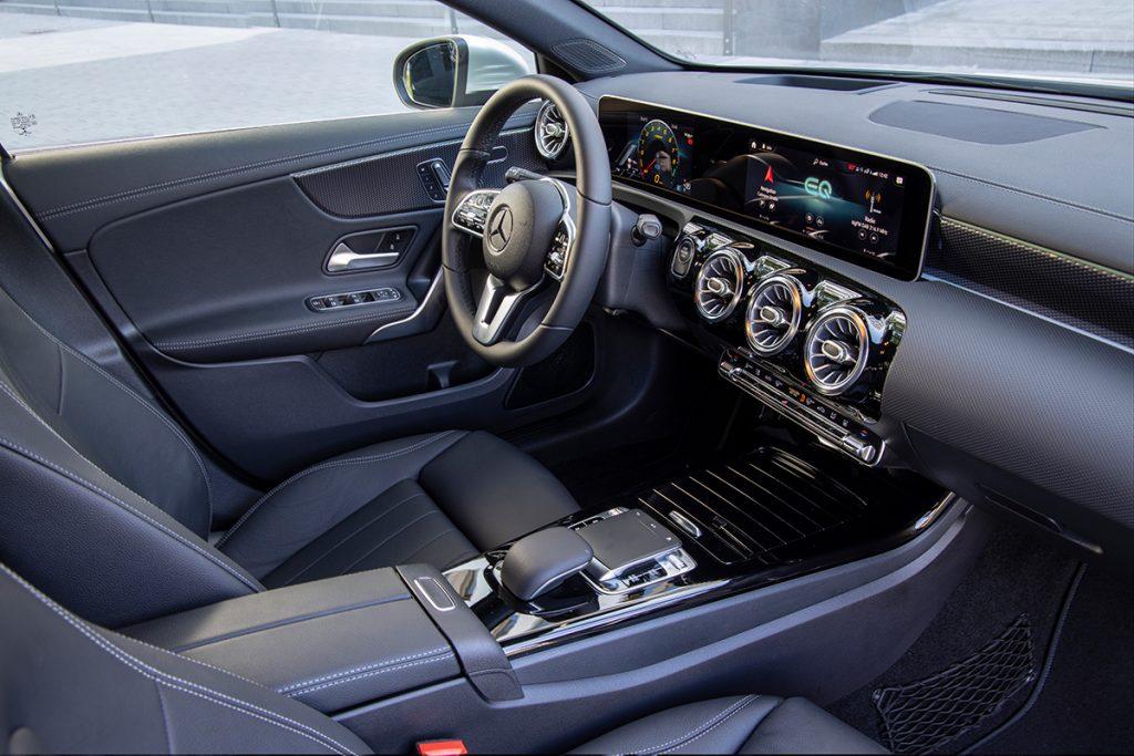 Mercedes-Benz A250e Limousine Hybrid