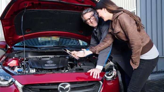 Mazda Werkstatt Service Teile Zubehör Süverkrüp